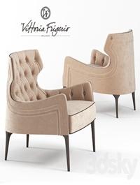 Vittoria Frigerio Piola Capittone armchair