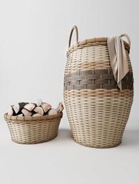 Laundry basket basket with wood