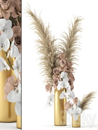 Pale roses and Co in brass vases