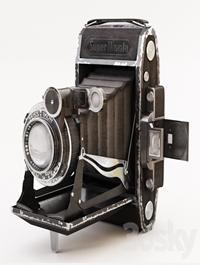 Camera: Zeiss Ikon Super Ikonta 530/2
